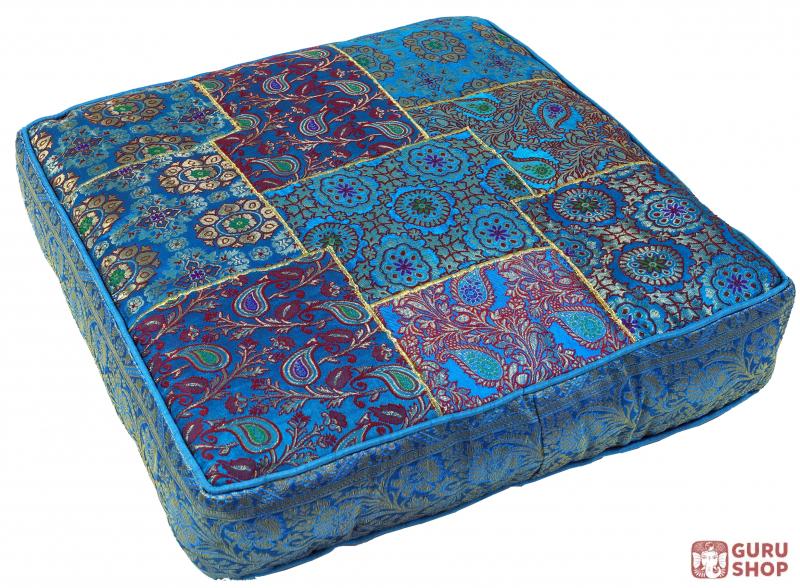 Orientalisches Eckiges Patchwork Kissen 50 Cm Sitzkissen